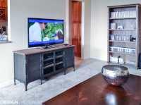 The Bachelor Pad: Inspiring Apartment Living Room Ideas