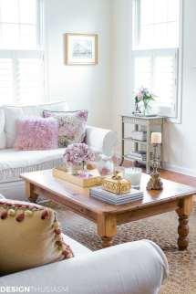 Small Accent Table Decorate Tiny Living Room Corner