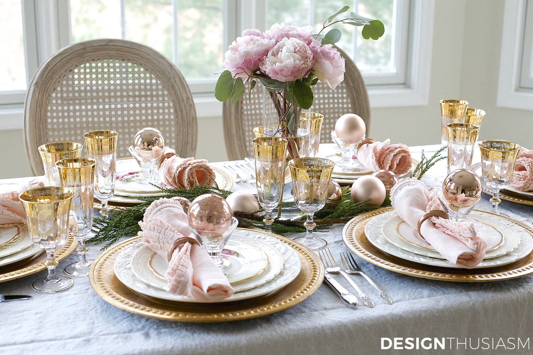 & Christmas Table Set Up Ideas