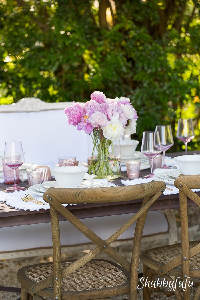 shabbyfufublog- mothers-day-table-setting-outdoors