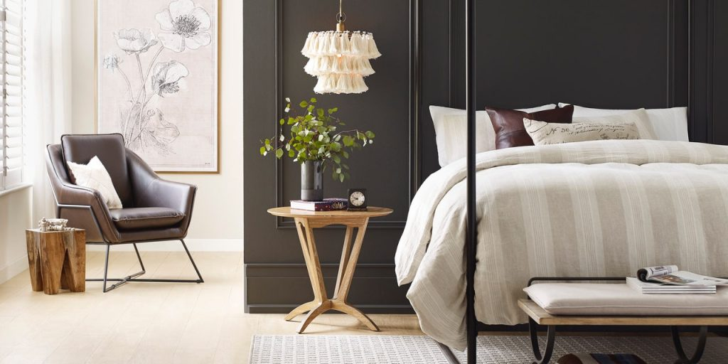 Sherwin Williams Urbane Bronze SW 7042 - Bedroom - Color of the Year 2021 - Paint Color Bedroom