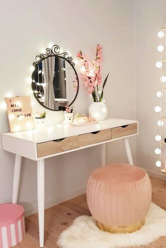 makeup-vanity-cozy-design-idea-small-round-mirror-string-lights-334x500