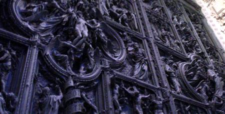milan duomo door detail