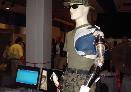 gadgetoff 2007 robotic arm