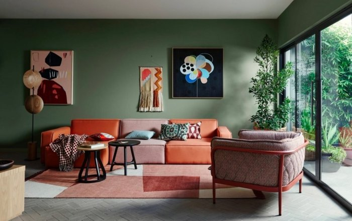Stylish red green living room