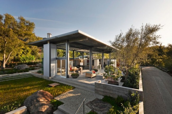 flexible planning of montecito residence by barton myers associates 1 650x433 Flexible Planning of Montecito Residence by Barton Myers Associates