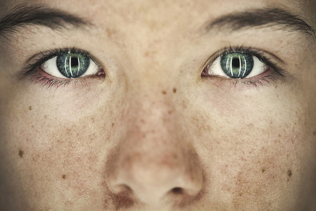 1386364841 3 640x427 Bullying Reflected in Eyes of Children by Benoit Paill
