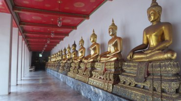 Buddist figures in Bangkok
