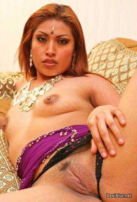 Sexy Randi ne Do Lund Ek Sath Liye