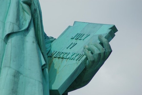 Tablet of statue of liberty 4th july 1776