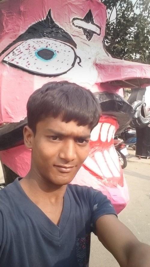 Selfie with Ravan #DonateaSelife