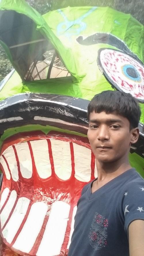 Selfie with Ravan #DonateaSelfie