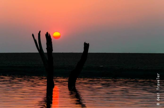 Satpura National Park Canoe Ride Sunset (2)