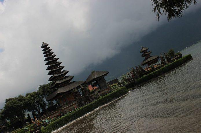 chasing monsoons Bali