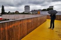 De gele loopbrug bij Hofplein