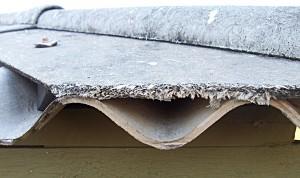 Amiante toit fibro ciment