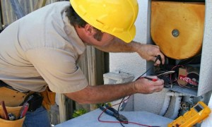 Des Moines Best Electrician A1 Electric Contracting