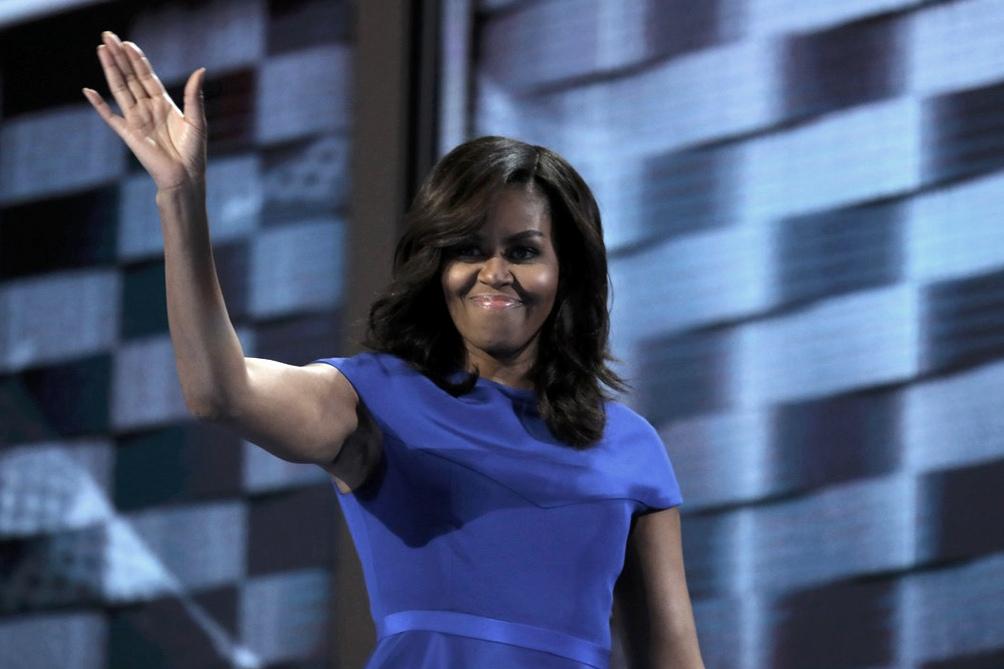 El libro de Michelle Obama se encamina a ser la autobiografía de mayor éxito en ventas - Télam 2
