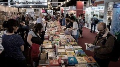 5ccf097b443ac 400x225 - Más de un millón de personas visitaron la 45° Feria del Libro - Télam