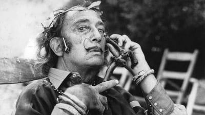 5cdecd12ce065 400x225 - Una invitación a adentrarse en los intersticios de la mente del surrealista Salvador Dalí - Télam