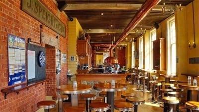5cded92ad461a 400x225 - Las cervecerías ganan terreno como producto turístico en Nueva Zelanda - Télam