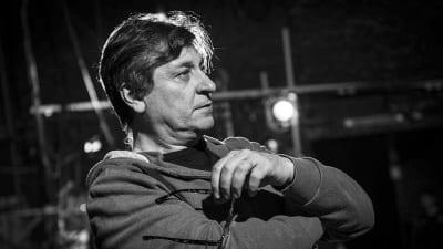 "5ce860404103c 400x225 - Marcelo Lombardero: ""¿Dónde se para un artista frente al totalitarismo? - Télam"