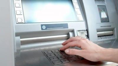 58bd32b156bd6 400x225 - El uso de dinero electrónico en la Argentina fue récord en 2018 - Télam