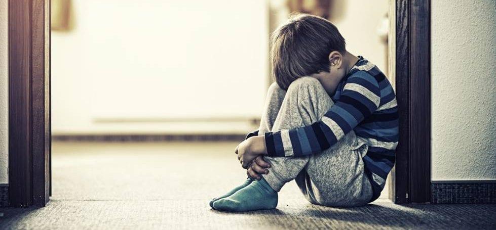 El Efecto de Separar a los Niños de sus Padres