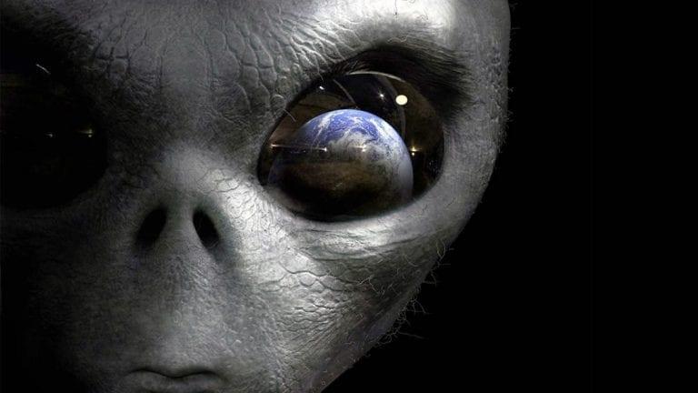La vida alienígena podría descubrirse dentro de los 30 años, afirma un científico ganador del Premio Nobel