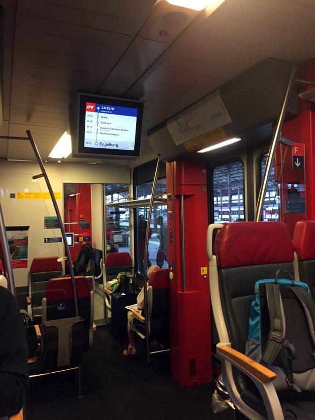 Trem 1a classe da Suiça Swiss Travel Pass