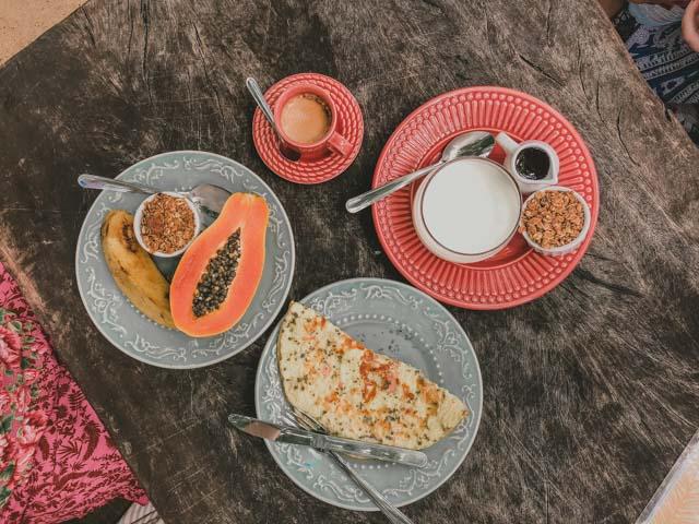 Café da manhã no Maria Bahia