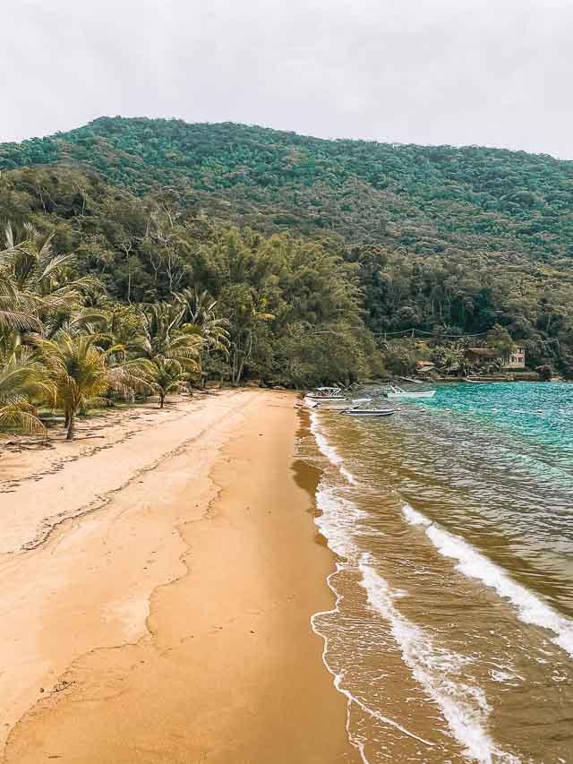 Ilha Grande Passeio para a gruta de Acaiá Praia de Ubatubinha