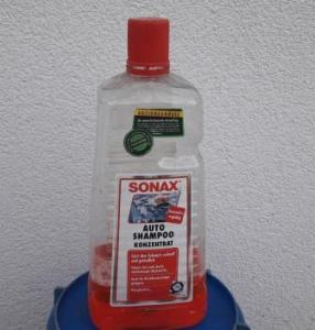 car-shampoo-wash-car-by-hand