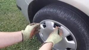 zip-tie-hubcap