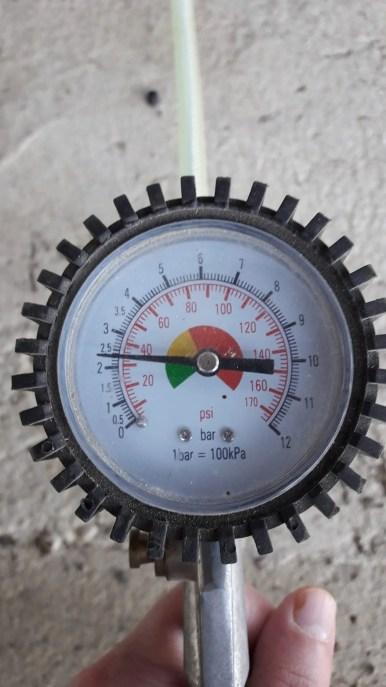 tire-inflator-gauge