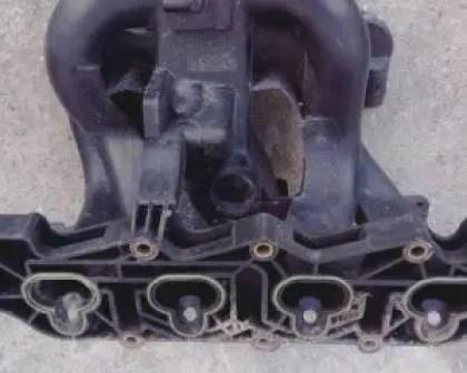 misfiring-engine-intake-manifold-gasket-leak