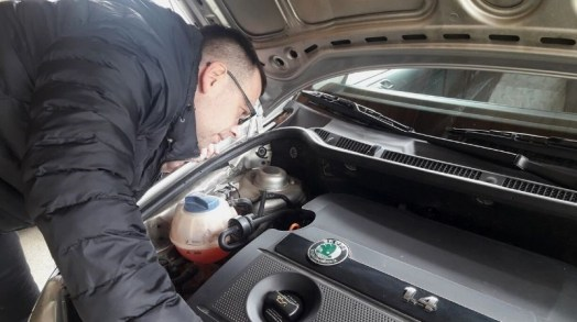 what-to-do-with-an-overheating-car-make-engine-inspection