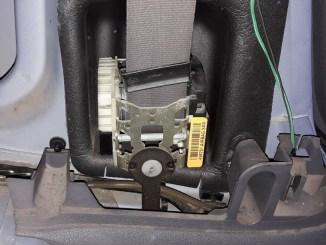 how-to-fix-seat-belt-retractor