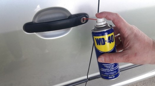 how-to-open-a-frozen-car-door-use-wd-40