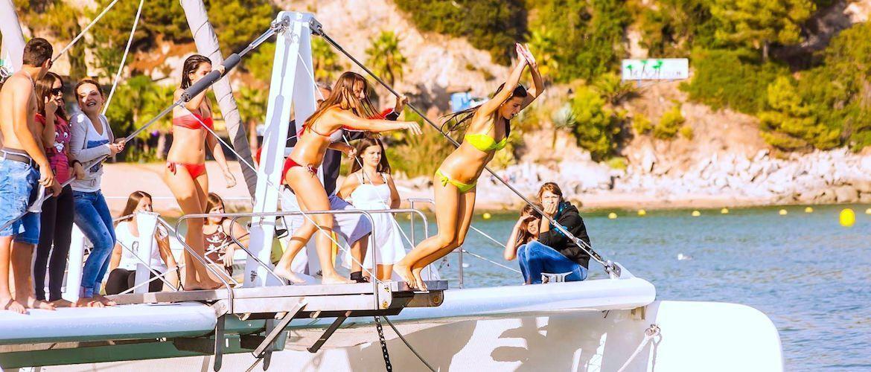 Fiestas en barco para despedidas en Tossa