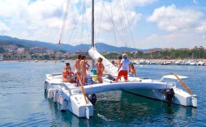 Alquiler catamarán Platja d'Aro Costa Brava
