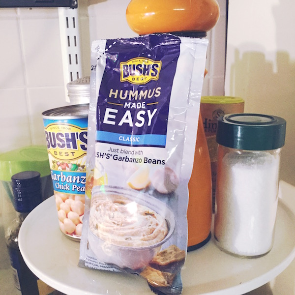 Snacking made easy with #HummusMadeEasy and Bush Beans-Desperately Seeking Gina