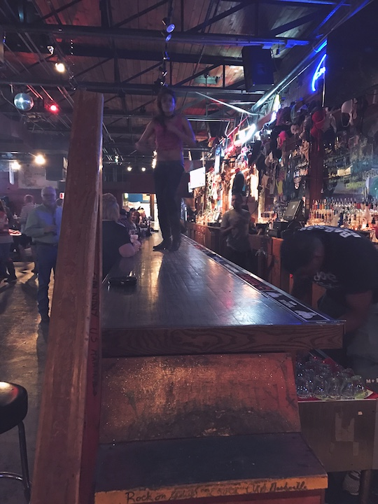 Memphis Day Trip-Visit Coyote Ugly