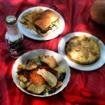 Almuerzo variado de ensalada, quiche y sandwich. Foto sacada por @bebarojas.
