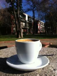 Café en la plaza. Foto saca por @patolarrain