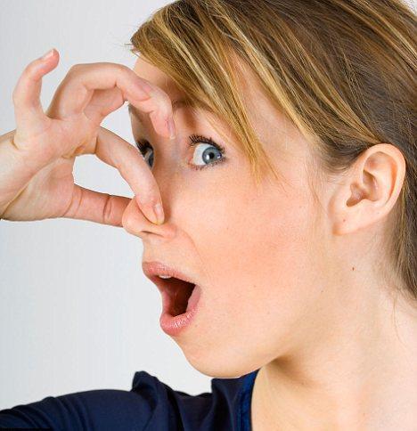 Fose septice cu mirosuri urate