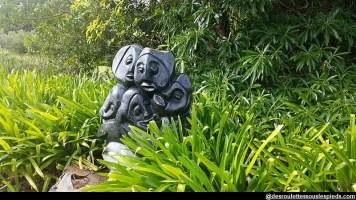 environs-du-cap-Kirstenbosch-statue-africaine-famille