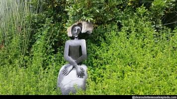 environs-du-cap-Kirstenbosch-statue-africaine