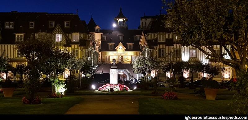 Deauville le Normandy la nuit