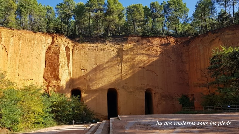 la route des ocres mines de buoux